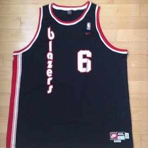 Wells trailblazers throwback jersey from Nike